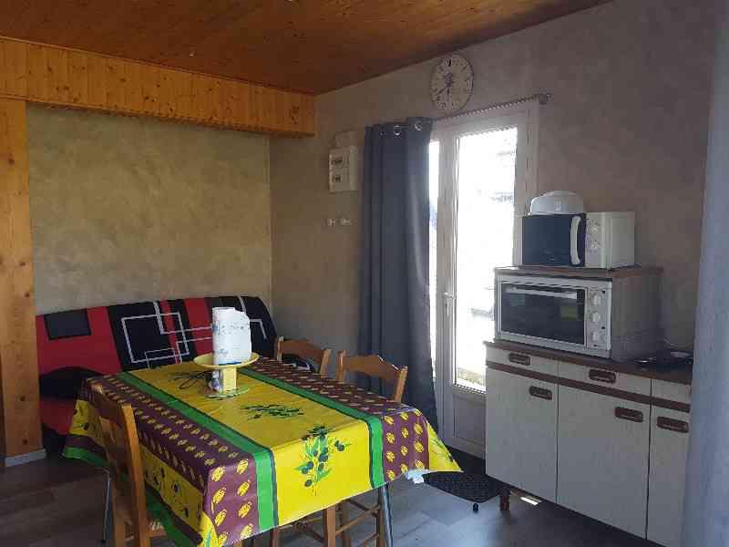 location vacances maison-villa Cantal