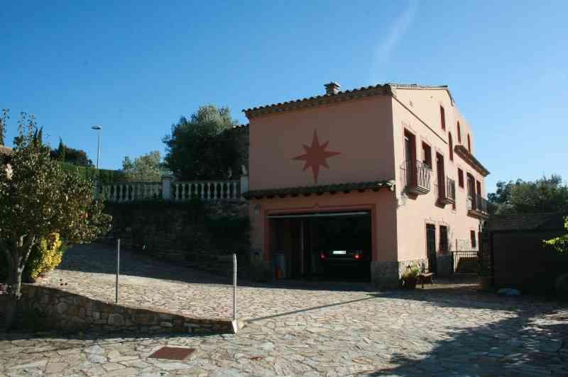location vacances maison-villa Girona